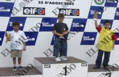 De izda. a dcha., Márquez, Viñales y Tutusaus, en la Copa Conti en 2002.