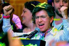 Primera alcaldesa de Bogotá: lesbiana, ecologista y símbolo de la lucha contra la corrupción