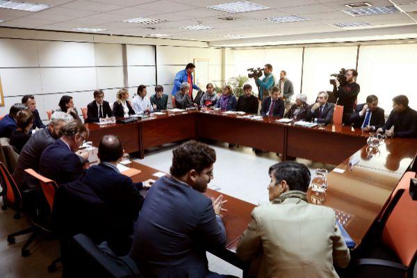 GRAF8078. MADRID.- Miembros de la patronal y los sindicatos del...