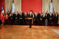 El presidente de Chile, Sebastián Piñera, anuncia su gabinete.
