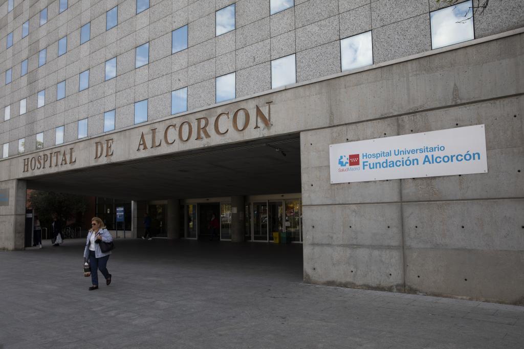 Detenido un hombre que mató a dos pacientes por un intento de asesinato en el Hospital de Alcorcón