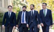 El presidente del PP, Pablo Casado (segundo por la dcha.), este martes, en Murcia.