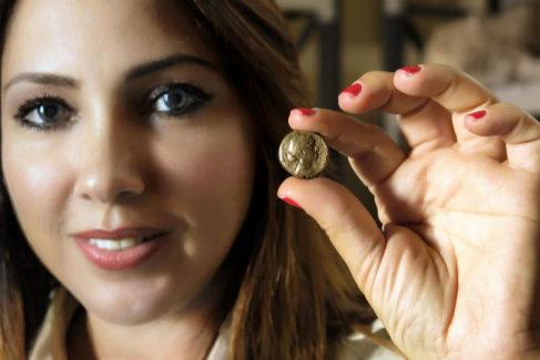 """La dominicana que lleva 15 años buscando a Cleopatra: """"Está ahí, bajo el faro de Alejandría"""""""