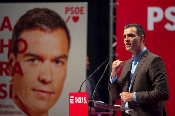 GRAF8787. SANTANDER.- El secretario general del PSOE y presidente del...