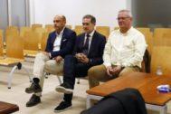 Gabriel Echavarri, Lalo Díez y Pedro de Gea en el juicio por el 'caso Comercio'.