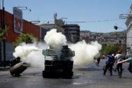 Imágenes de violencia, este miércoles, en Valparaíso.