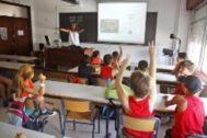 Alumnos en una clase de Alicante.