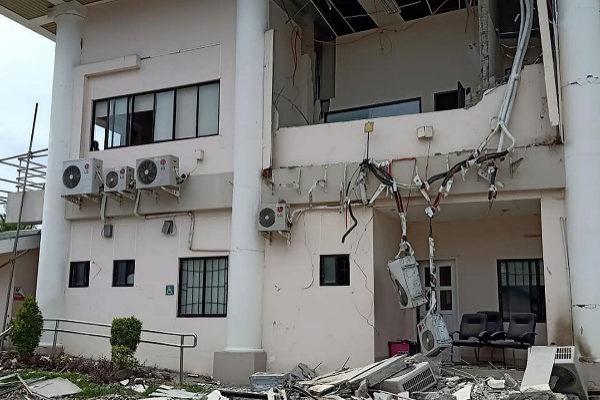 Una de las viviendas afectadas por el último terremoto.