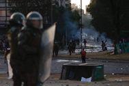 Jornada de protesta pacífica en Santiago acaba en disturbios con la Policía