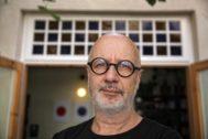 El escritor argentino Rodrigo Fresán, retratado en Barcelona.