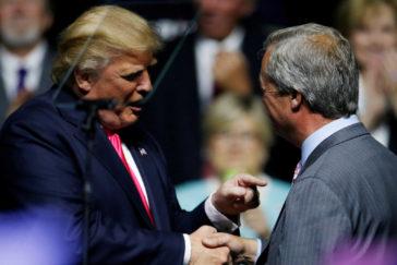 Trump urge a Boris Johnson a unir fuerzas con Farage