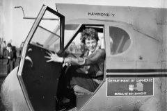 La estadounidense Amelia Earhart, pionera de la aviación.