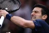 Novak Djokovic celebra su victoria en París.