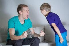 Esto es lo último que deberías hacer cuando tus hijos te sacan de quicio