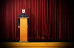 Por qué hacen falta tímidos en la política española