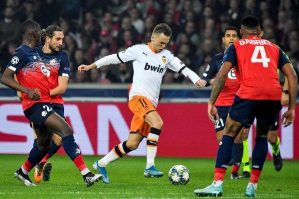 Denis Cheryshev en el partido de ida entre Valencia y Lille