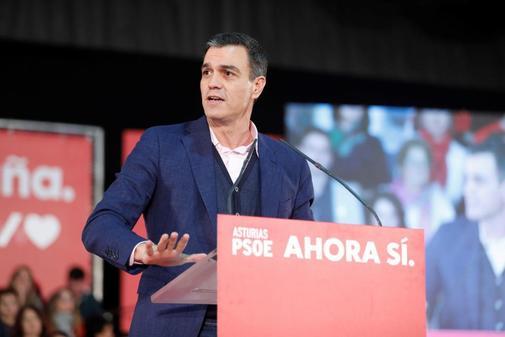 Pedro Sánchez, el martes, en un acto electoral del PSOE en Gijón.