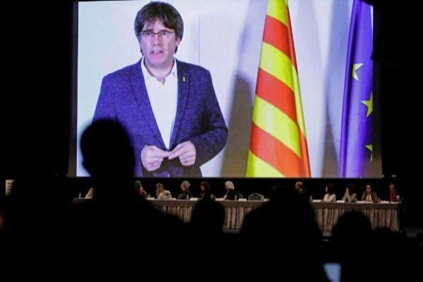 Carles Puigdemont, durante una intervención por videoconferencia en...