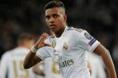Un 'hat trick' de Rodrygo alumbra una noche feliz en el Bernabéu (6-0)