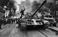 El efecto dominó de Berlín: del 'Octubre polaco' y la 'Primavera de Praga' al 'Picnic' húngaro