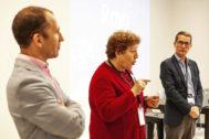 Gustavo Luvián, César Taboas y Carmen Vicente en la conferencia de Platecma sobre personalización de producto.