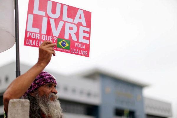 El Tribunal Supremo de Brasil abre la puerta a que Lula deje la cárcel