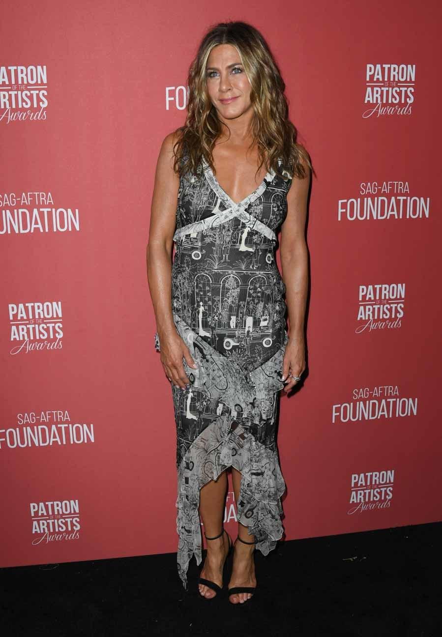 Jennifer Aniston eligió un vestido vintage con...