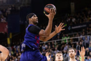 Brandon <HIT>Davies</HIT>, #0 of Fc Barcelona in action during the Liga Endesa match between FC Barcelona and Montakit Fuenlabrada on November 03, 2019 at Palau Blaugrana, in Barcelona, Spain, . 03/11/2019 ONLY FOR USE IN SPAIN