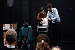 Comienza la programación Cultura Mínima en la Olavide con el espectáculo 'Magia de salón'