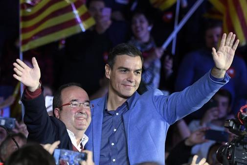 """El PSOE hace una última llamada al voto: """"O nosotros o el caos"""""""