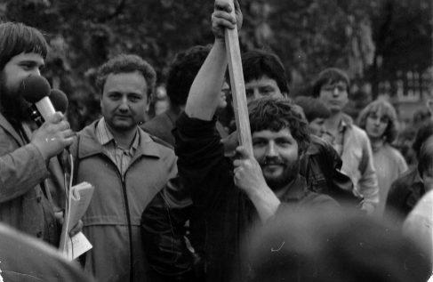 """Roland Jahn: """"La Stasi contaba con 90.000 oficiales y funcionarios y cerca de 180.000 colaboradores"""""""
