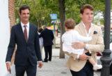 José Bono y Aitor Gómez durante la comunion de Jorge Matos en Madrid, el pasado 8 de mayo.