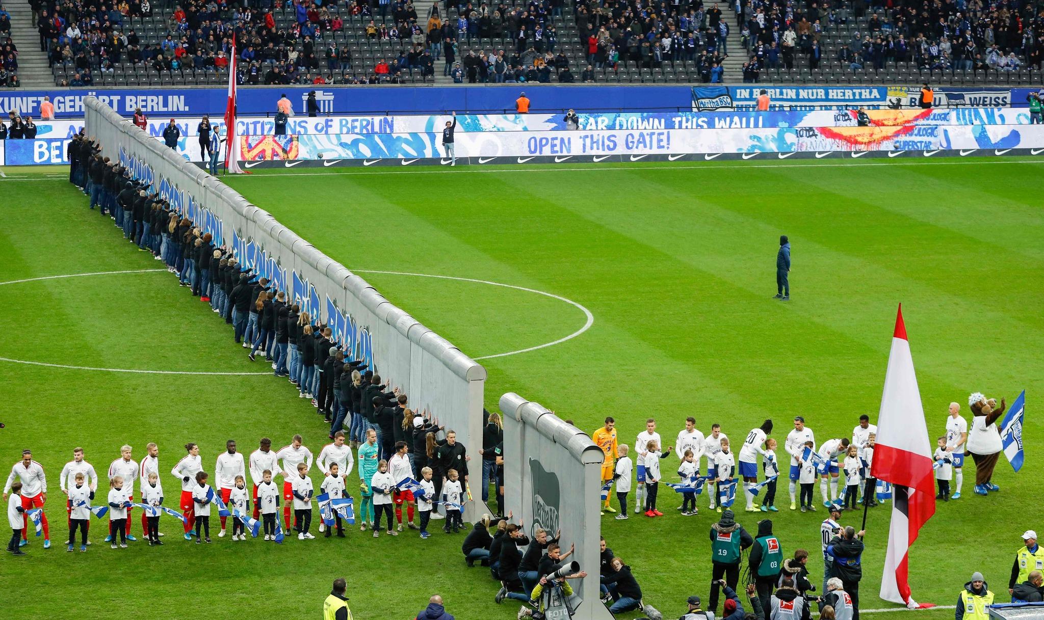 Una réplica del Muro en el Olímpico de Berlín