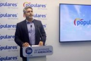 El candidato del PP al Senado por Huelva, Juan José Cortés.