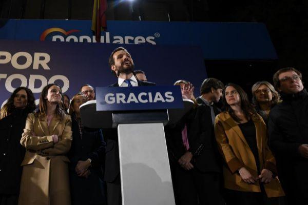 El presidente del PP, Pablo Casado, en la noche electoral.