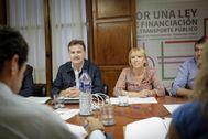 El presidente de la EMT, Giuseppe Grezzi, en un consejo de administración.