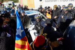 Tsunami Democràtic organiza más cortes en la  AP-7 y la N-II tras ser desalojado de Francia