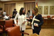 Inés Arrimadas y Ana Pastor, en el Congreso de los Diputados.