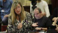 La consellera de Salud, Patricia Gómez, en un pleno del Parlament. JORDI AVELLÀ