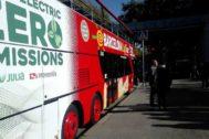 Imagen del autobús en su presentación
