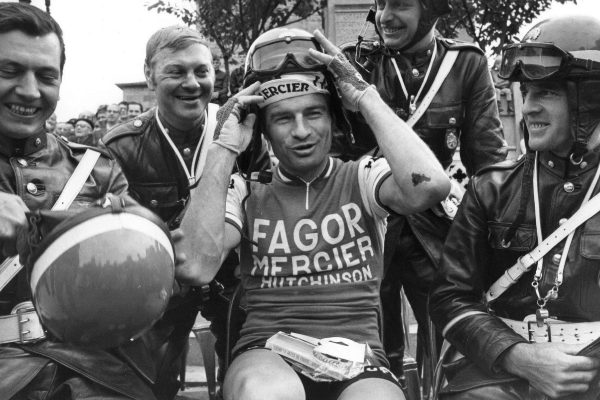 Muere la leyenda del ciclismo Raymond Poulidor