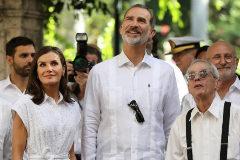 Los Reyes, este miércoles en la Habana vieja durante su visita a Cuba.