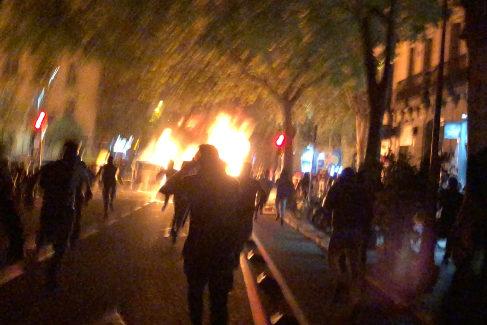 Imagen de los destrozos en Barcelona tomada por B., mientras estaba con los CDR.