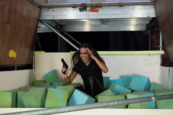 Cristina Pedroche cae por una trampilla en El Hormiguero.