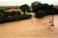 Desbordamiento de una rambla en la localidad de Los Alcázares