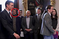 Un soberanista infiltrado en la corte de Pedro Sánchez y Pablo Iglesias