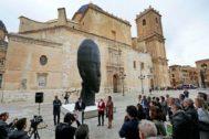 'Silvia' y 'María' permanecerán durante ocho meses frente a la basílica de la virgen, antes de trasladarse a Castellón.
