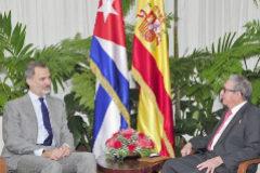 Reunión de Felipe VI con Raúl Castro tras el discurso real por los derechos humanos