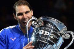 Nadal vence a Tsitsipas y espera el triunfo de Medvedev para alcanzar las semifinales