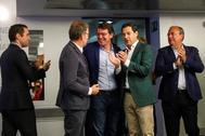 Tres barones del PP, Alberto Núñez Feijóo (Galicia), Juanma Moreno (Andalucía) y Alfonso Fernández Mañueco (Castilla y León), en el centro, junto Teodoro García Egea y José Antonio Monago.